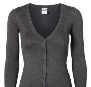Vero Moda Sweaters - NWOT Vero Moda Glory New LS V-Neck Cardigan Grey M 1ce535de1